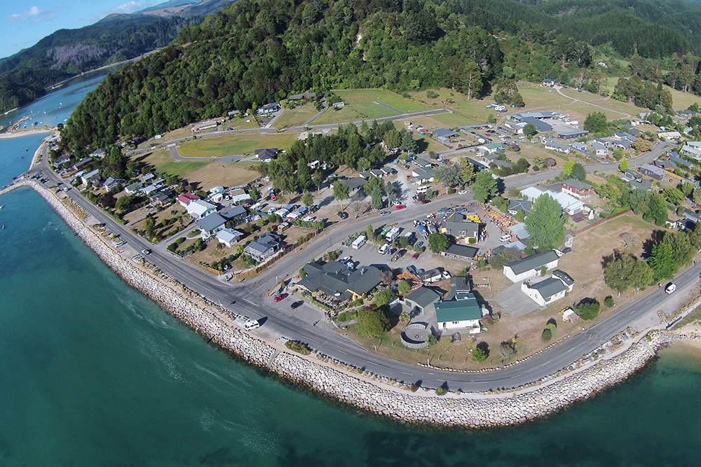 Marahau Beachfront, Abel Tasman Village